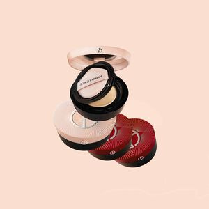 MY ARMANI TO GO ESSENCE-IN-FOUNDATION CUSHION NEW COUTURE EDITION  全新限量版絲光輕透氣墊精華粉底