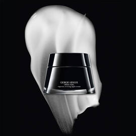 UPGRADED CREMA NERA SUPREME REVIVING LIGHT CREAM