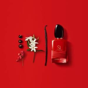 Sì Passione Red Maestro Eau de Parfum